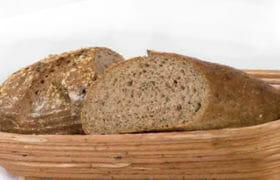 Hatmagvas kenyér